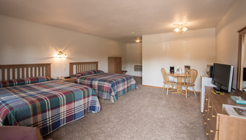 Trailhead Inn and Suites - Lodging in Preston, MN. Root River State Bike Trail, National Trout Center, State Veterans Cemetery, Lanesboro, Fillmore County, Harmony, Amish, Root River, Biking, Fishing, Niagara Cave